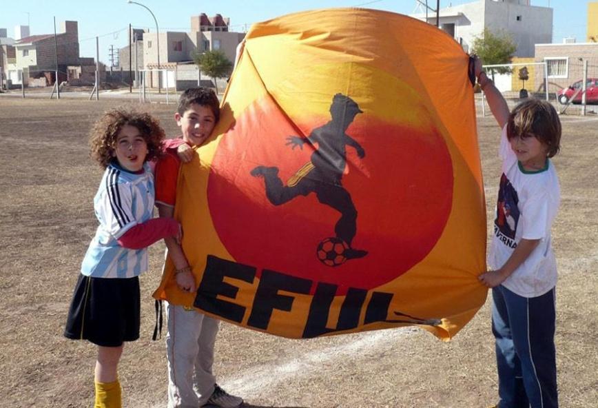 EFUL con bandera